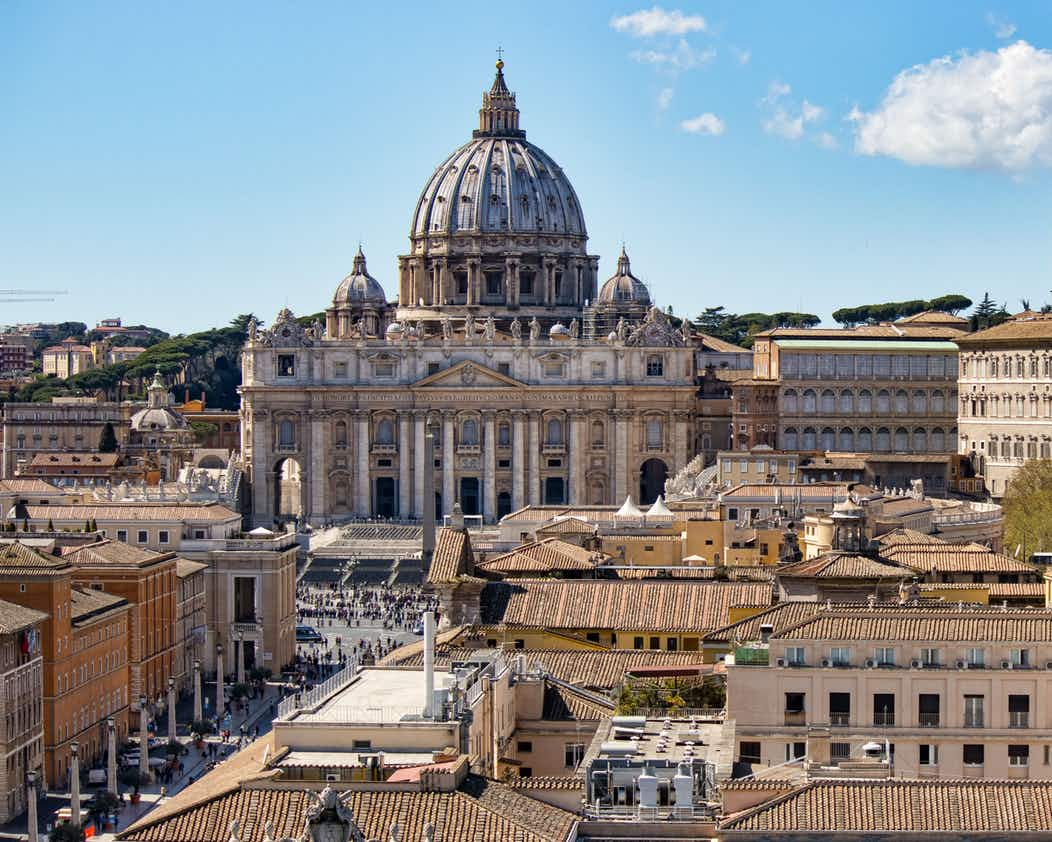 Vatican dress code | Useful information to visit the Vatican | Tips For Travelers | Strict Dress Codes Apply |